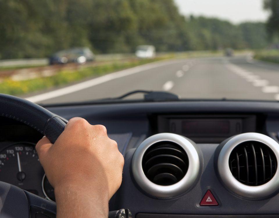 Kurs jazdy defensywnej Toruń - Jazda defensywna - Szkolenie jazdy defensywnej - ODTJ Toruń - Kurs jazdy defensywnej ceny